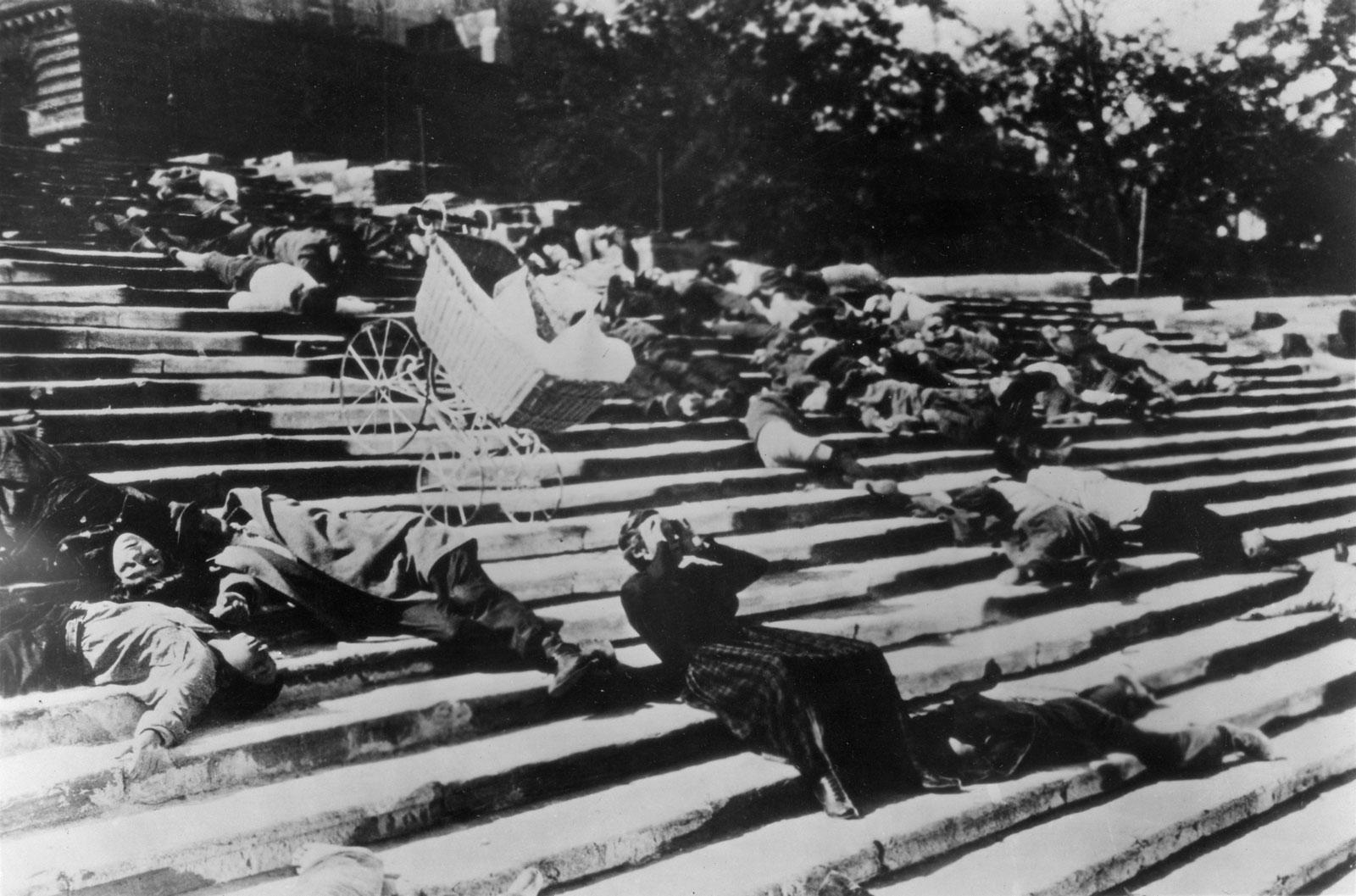 Battleship-Potemkin-sequence-The-Odessa-Steps